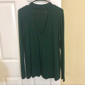 Cute and comfy top! Worn once. Great condition!